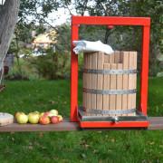 hydraulic-apple-press-GP-30_6_web